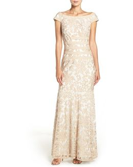Textured Lace Mermaid Gown