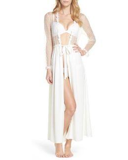 Showstopper Robe