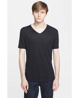 Pintuck V-neck T-shirt