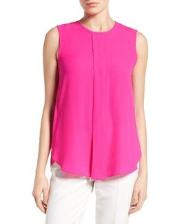 Center Pleat Sleeveless Blouse