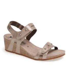 'minoa' Wedge Sandal