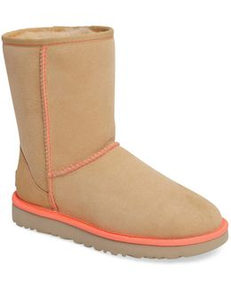 Neon Ii Classic Genuine Shearling Lined Short Boot