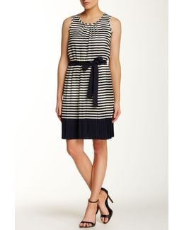 Sleeveless Stripe Print Dress