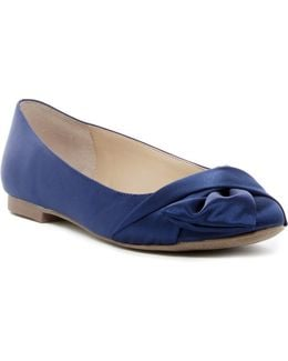 Darcy Knotted Flat