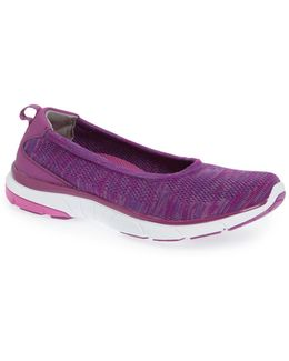 Aviva Slip-on Sneaker