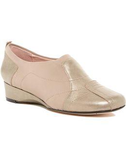 Kuss Wedge Slip-on Shoe