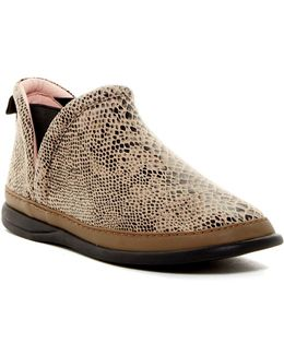 Fose Chelsea Bootie