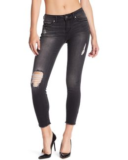 Carly Distressed Cropped Jeans