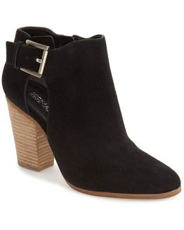 'adams' Bootie (women)