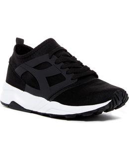 Evo Aeon Sneaker