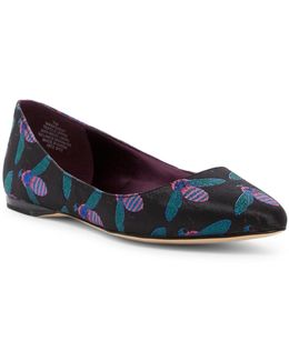 Speak Up Bee Jacquard Flat