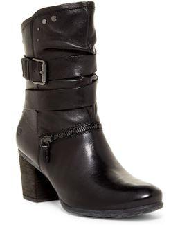 Britney 06 Boot