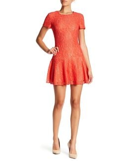 Hayden Short Sleeve Lace Peplum Hem Dress (petite)