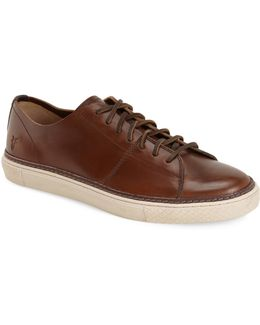Gates Low Lace-up Sneaker