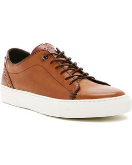 Kiing Lace-up Sneaker