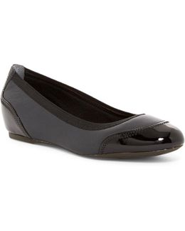 Total Motion Hidden Wedge Crescent Cap Toe Flat - Wide Width Available