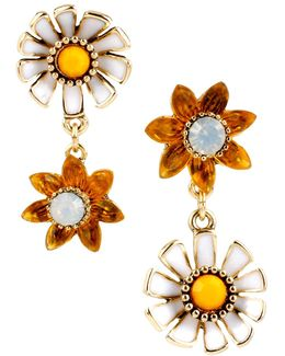 Flower Child Daisy Flower Mismatched Drop Earrings
