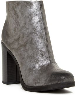 Crowd Chunky Ankle Boot