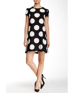Short Sleeve Dot Crepe Trapeze Dress
