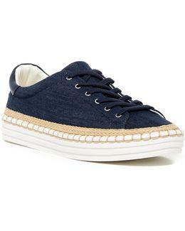 Kavi Sneaker