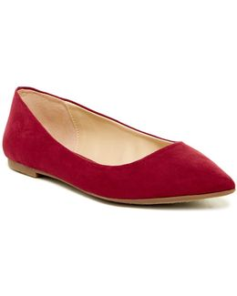 Ryane Pointed Toe Flat