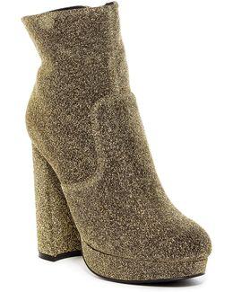 Favee Platform Boot