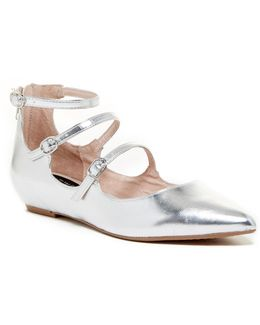 Gantry Wedge Pointed Toe Ballet Flat