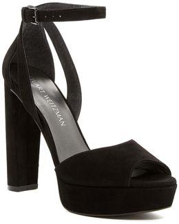 'hijinx' Platform Sandal (women)
