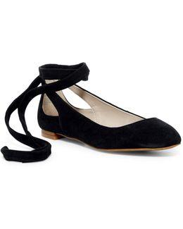 Wilhelmina Ankle Tied Flat