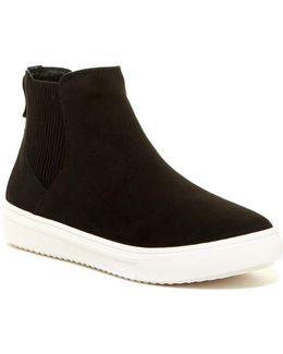 Lanci Pull-on Sneaker
