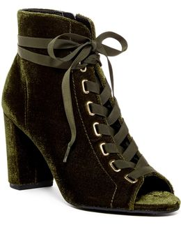 Lania Lace-up Boot