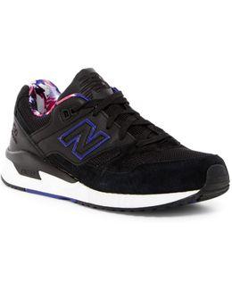 530 Lifestyle Sneaker