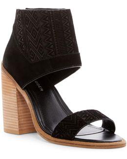 Merrik Sandal