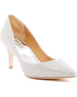 Poise Pointy Toe Pump