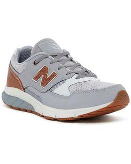 530 Vazee Sneaker