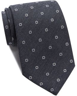 Open Squares Wide Tie