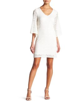 Lace Bell Sleeve Dress (petite)