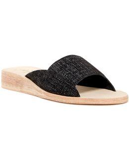 Daybird Mini Wedge Sandal
