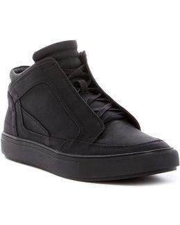 Dock Mid Sneaker