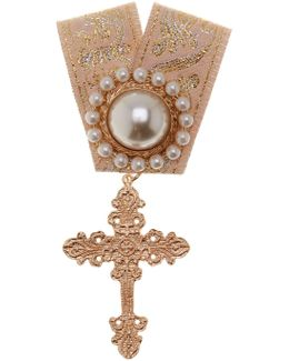 Synthetic Pearl And Cross Embellished Ribbon Pin