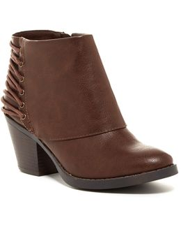 Tailspin Ankle Boot