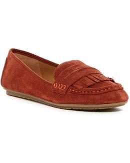 Bare-ing Loafer
