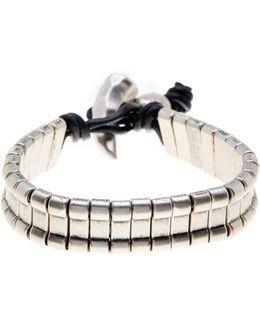 Horn Closure Bracelet