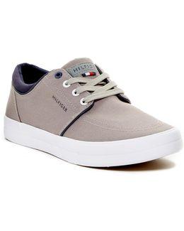 Redd Sneaker