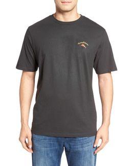 Hoppy Holidays Graphic T-shirt
