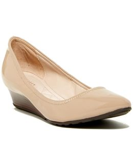 Tali Luxe Wedge Pump - Multiple Widths Available