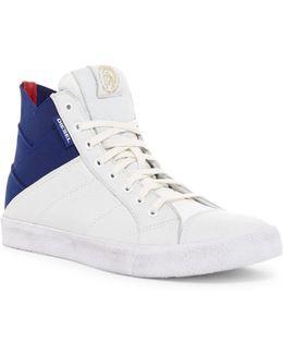 D-velows S-tunnyngs Sneaker