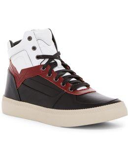 V Is For S-spaark Mid Sneaker