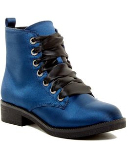 Snowflake Lace-up Boot