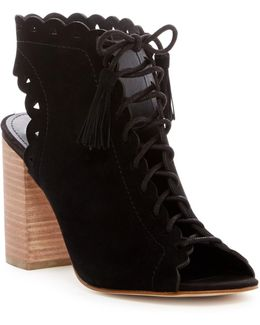 Onila Lace-up Sandal